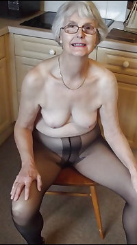 Grannies and Matures in Pantyhose vol 2