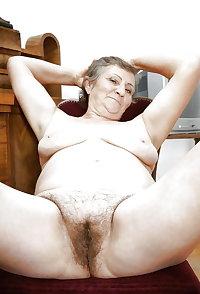 Grab a granny 434