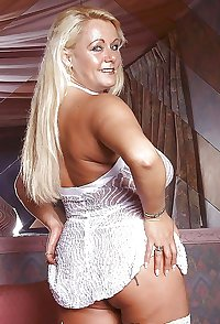 British gilf Tiffany from OlderWomanFun