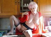 4U536 Grannies 1