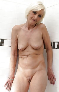 Nude Granny - (Mix) 5