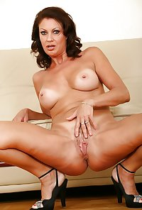Milf Vanessa from OlderWomanFun