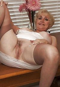 Matures & Grannies 120