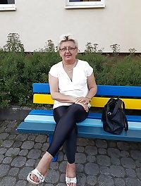 Granny in leggings