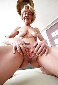 nice pussy horny granny Carmen