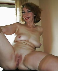 HORNY SEXY WOMEN LOVE SHOWING IT FOR CAMERA 45