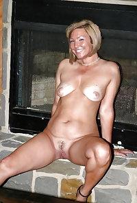 mature amateur saggy tits 130