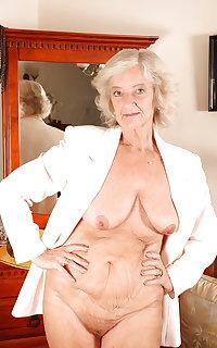 Grab a granny 337