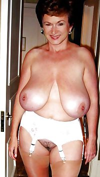 hot moms! matures and grannys i want... part: 2