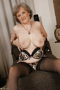 Mature And Granny Stockings & Pantyhose