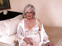Sexy Mature Grannies 2