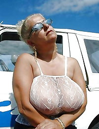 Big Boobs sexy Granny 4