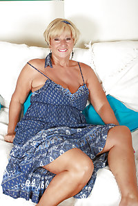 Alluring Granny! - Blonde Short Haired GILF