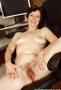 42 year old milf Artemisia from OlderWomanFun