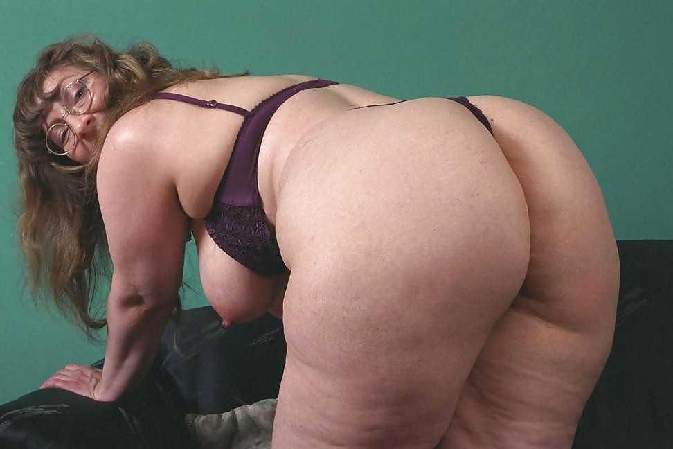 Big Tits Huge Ass Granny 5!!, image 15