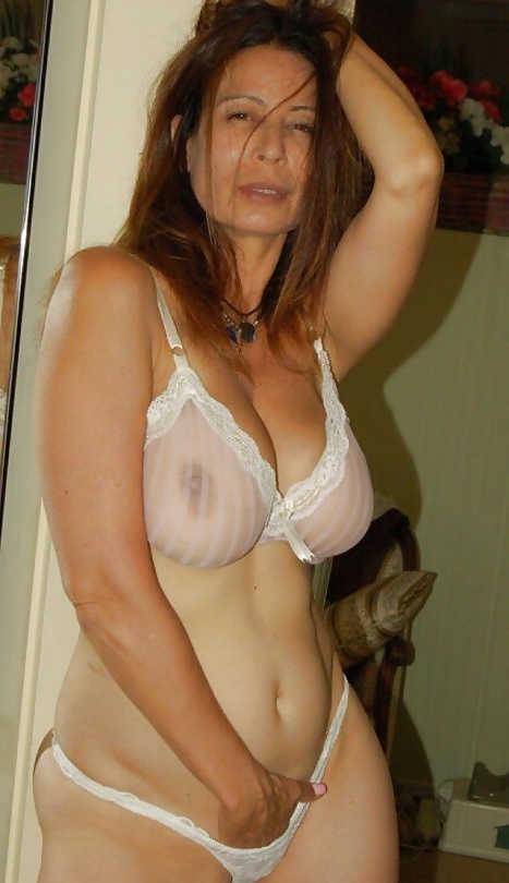 Nude strapse Girdle: 167